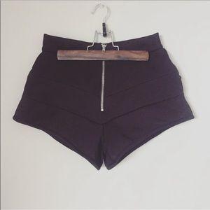 ZARA black scuba shorts modern layers